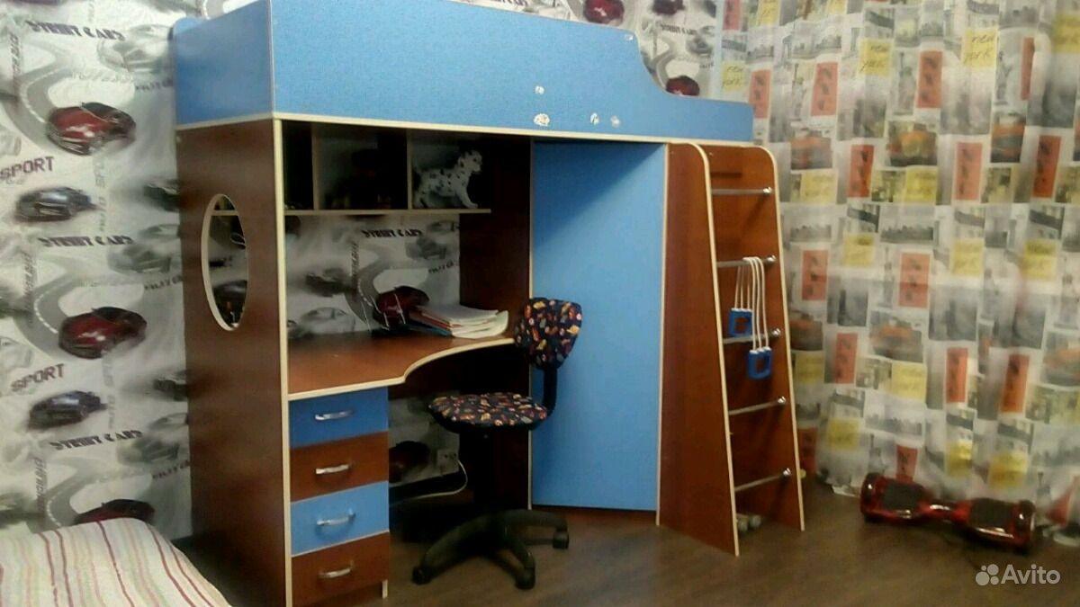 Детская мебель кровать, рабочий стол, шкаф, тумбочка.  Москва