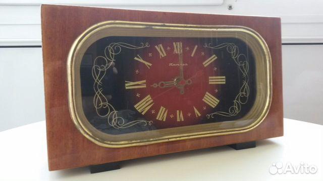 Часы янтарь ссср кварц настольные