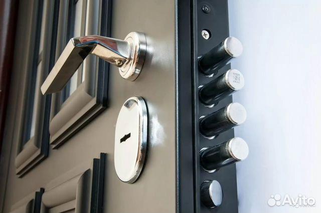установка дверей металлических и их отделка