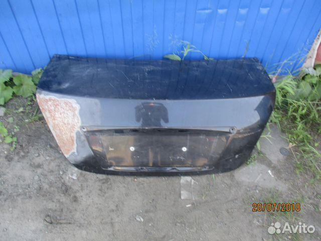 89657347629 Крышка багажника Nissan Almera