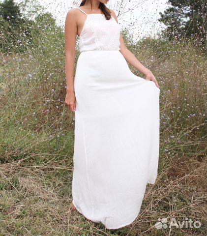 ed70bb98f8d Белое длинное платье Stradivarius купить в Москве на Avito ...