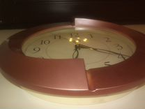 Часы круглые.кварцевые