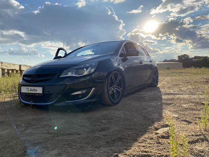 Opel Astra 1.4AT, 2014, 82500км - Авто - Объявления в Марксе